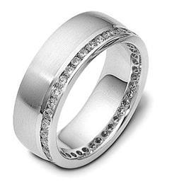 Обручальное кольцо с бриллиантами из белого золота 585 пробы с бриллиантами, артикул R-2194