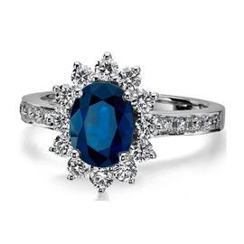 Кольцо с 1 сапфиром 0,44 ct 3/3 и 22 бриллиантами 0,17 ct 3/3 из белого золота 750°, артикул R-КК8001