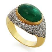 Кольцо с 1 изумрудом кабошон 5,74 ct 2/2 и 90 бриллиантами 1,28 ct 4/4 из желтого золота 750°, артикул R-ИК1913