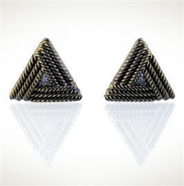Запонки Треугольник из серебра 925 пробы с гальваническим покрытием родием черного цвета, артикул R-22.01