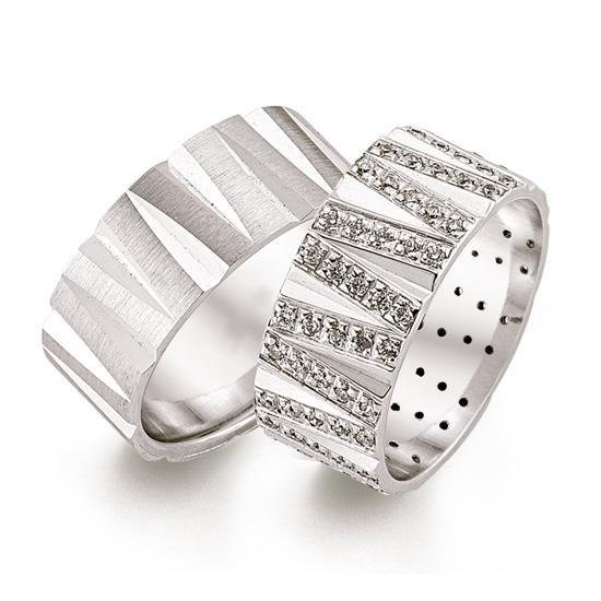 Эксклюзивные обручальные кольца парные с бриллиантами из белого золота, артикул R-ТС 3479