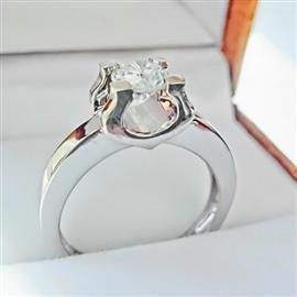 Помолвочное кольцо в стиле Cartier с 1 бриллиантом 0,15 ct 4/6 белое золото 585° , артикул R-LK007-2