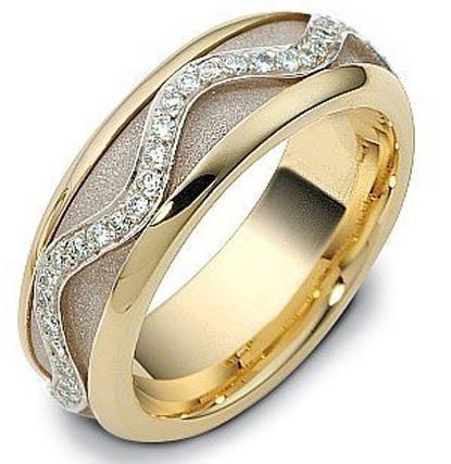 8c1075291f7a Обручальное кольцо из золота 585 пробы с бриллиантами, серия