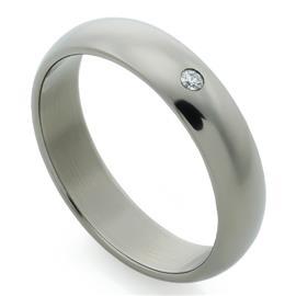 Обручальное кольцо из титана с 1 бриллиантом, артикул R-Т4020