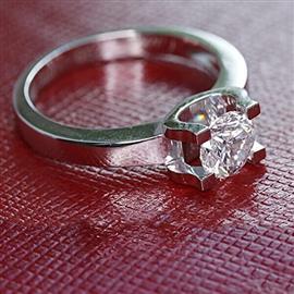 Помолвочное кольцо с 1 бриллиантом 0,32 ct 5/5 белое золото 585°, артикул R-LK007-2