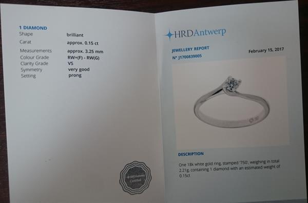 Помолвочное кольцо с 1 бриллиантом 0,15 ct 2/4 из белое золото 750°