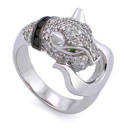 Кольцо из белого золота 750 пробы с 85 бриллиантами 0,77 карат,  6 черными бриллиантами 0,2 карат и 2 изумруда 0,02 карат, артикул R-СК959