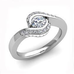Кольцо с 1 круглым бриллиантом 0,3 ct 4/5, 16 круглыми бриллиантами 0,09 ct 4/5 и 16 бриллиантами багет 0,48 ct из белого золота 585°, артикул R-D47743-2