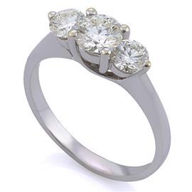 Помолвочное кольцо с 3 бриллиантами 1,27 ct (центр 1 бриллиант 0,65 ct 6/5, боковые бриллианта 0,62 ct 6/5) белое золото, артикул R-0001